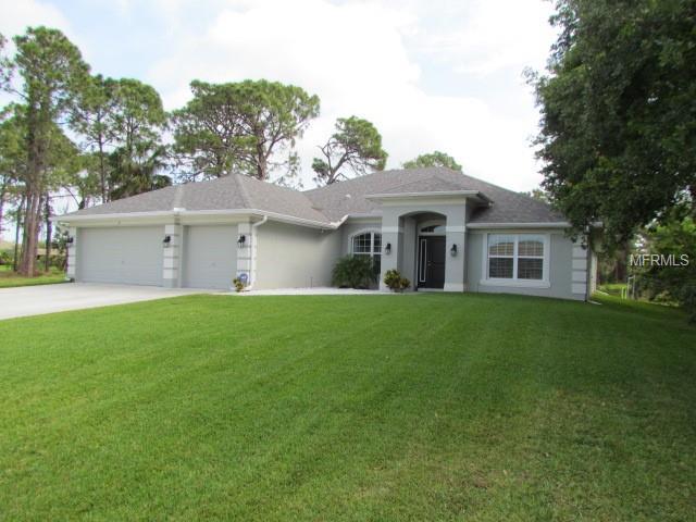 37 Pine Valley Lane, Rotonda West, FL 33947 (MLS #N6100185) :: KELLER WILLIAMS CLASSIC VI