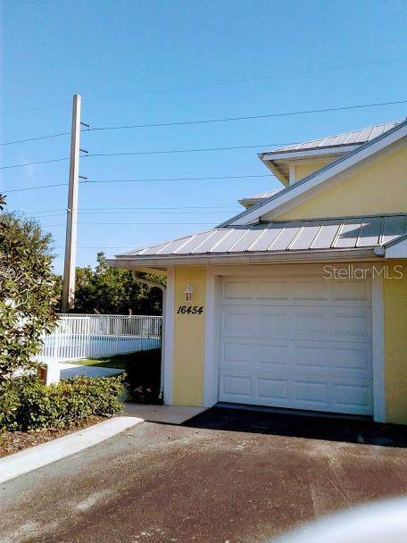 16454 Gloria Lane #205, Nokomis, FL 34275 (MLS #N6109222) :: Team Pepka