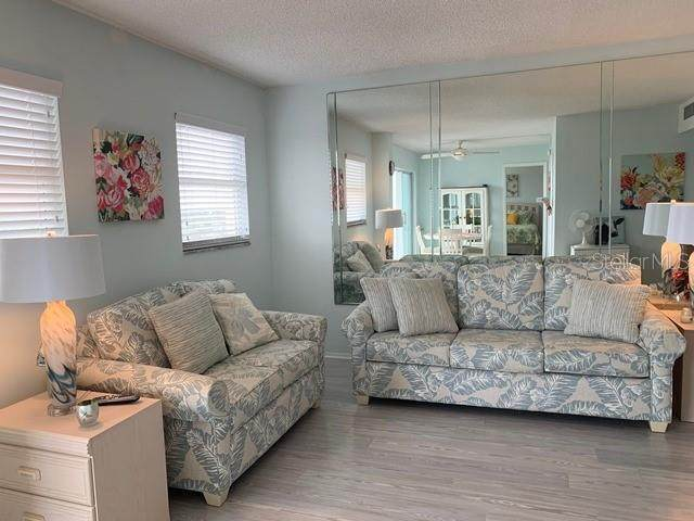 1255 Tarpon Center Drive #608, Venice, FL 34285 (MLS #N6114202) :: Kelli and Audrey at RE/MAX Tropical Sands