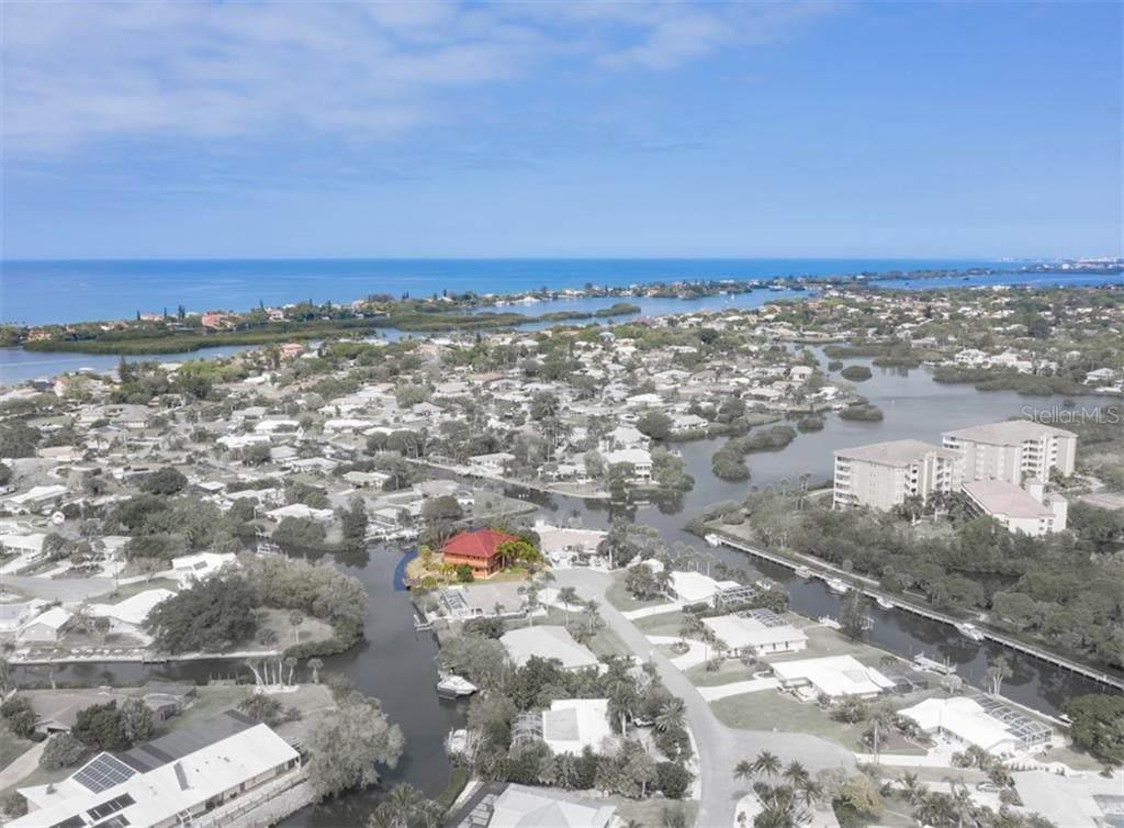 135 Tina Island Drive - Photo 1