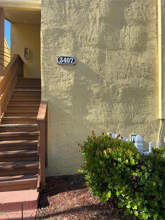 3407 Clark Road #207, Sarasota, FL 34231 (MLS #N6114975) :: SunCoast Home Experts