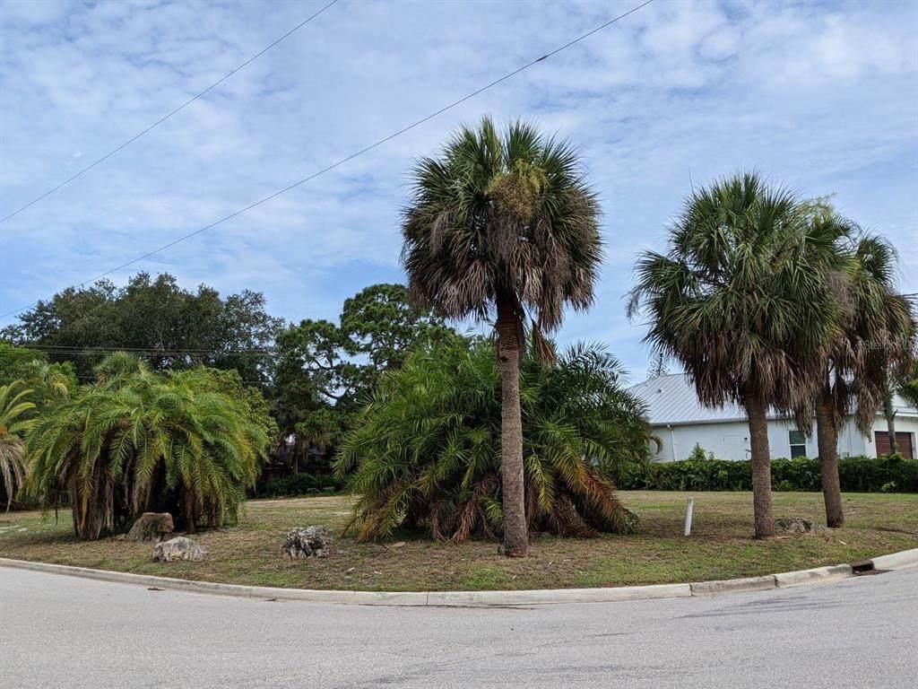 336 Pensacola Road - Photo 1