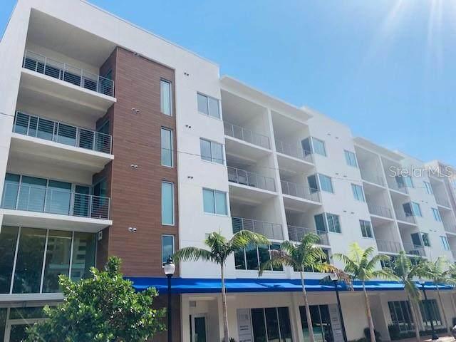 332 Cocoanut Avenue - Photo 1