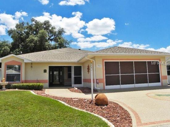 724 Old Oaks Lane, Leesburg, FL 34748 (MLS #O5556653) :: The Lockhart Team