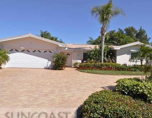 10055 S Yacht Club Drive, Treasure Island, FL 33706 (MLS #O5557217) :: Gate Arty & the Group - Keller Williams Realty