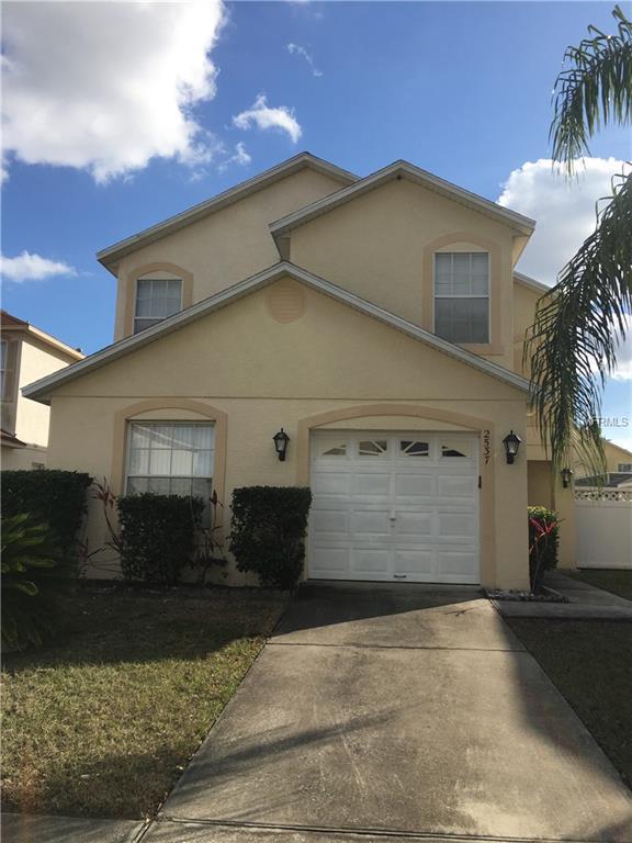 2537 Hamlet Lane, Kissimmee, FL 34746 (MLS #O5563464) :: G World Properties