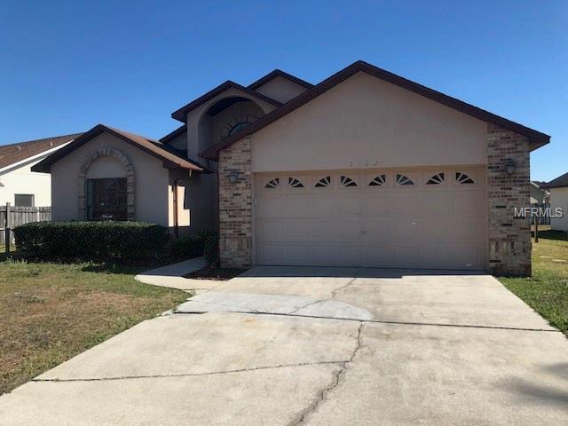 2102 Ipsden Drive, Orlando, FL 32837 (MLS #O5568823) :: KELLER WILLIAMS CLASSIC VI