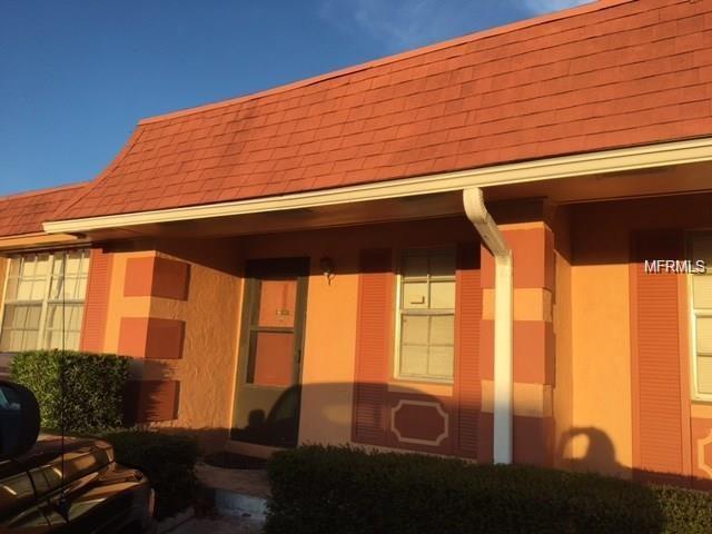 2727 W Oak Ridge Road #1, Orlando, FL 32809 (MLS #O5570160) :: The Duncan Duo Team