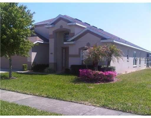 438 Bloomingdale Drive, Davenport, FL 33897 (MLS #O5571402) :: The Duncan Duo Team
