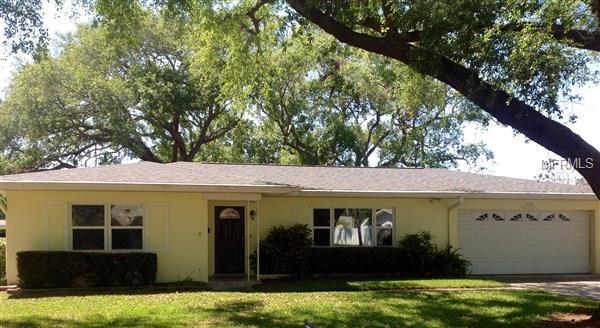 1728 Laurie Lane, Belleair, FL 33756 (MLS #O5571757) :: Revolution Real Estate