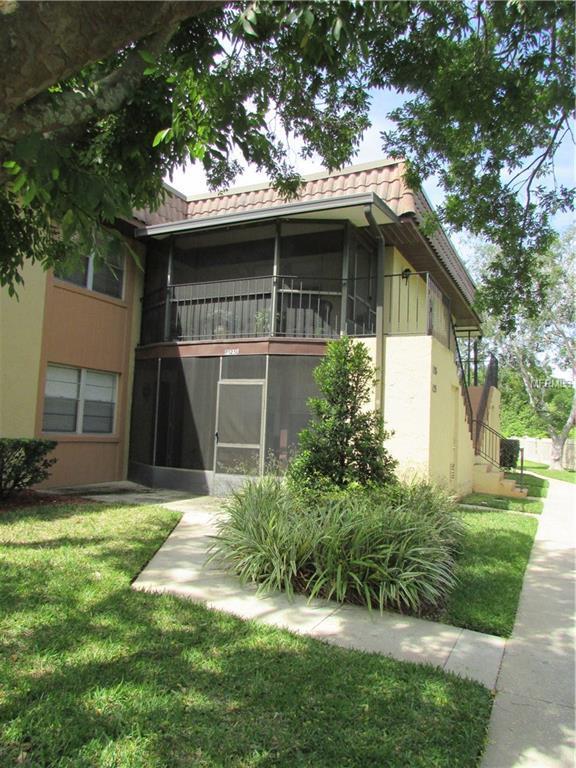 126 Windtree Lane #202, Winter Garden, FL 34787 (MLS #O5572114) :: The Duncan Duo Team
