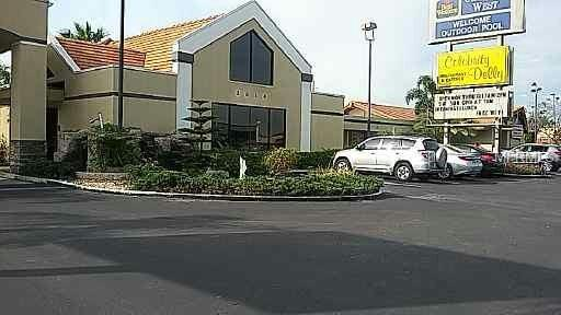 2014 W Colonial Drive, Orlando, FL 32804 (MLS #O5701775) :: The Light Team