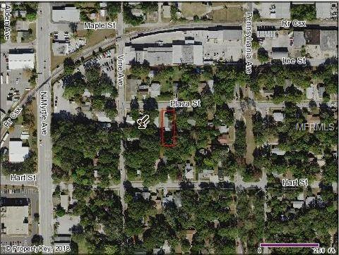 907 Plaza Street, Clearwater, FL 33755 (MLS #O5721999) :: Jeff Borham & Associates at Keller Williams Realty