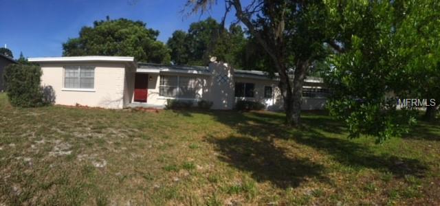 912 Bear Lake Road, Apopka, FL 32703 (MLS #O5722088) :: The Light Team