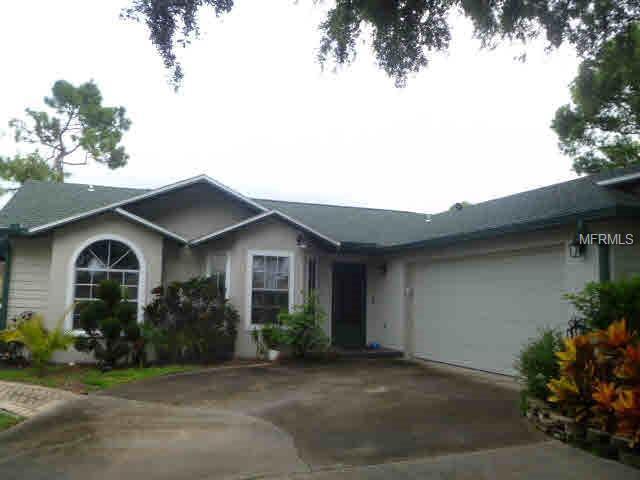 2522 Heath Court, Kissimmee, FL 34744 (MLS #O5722315) :: Premium Properties Real Estate Services