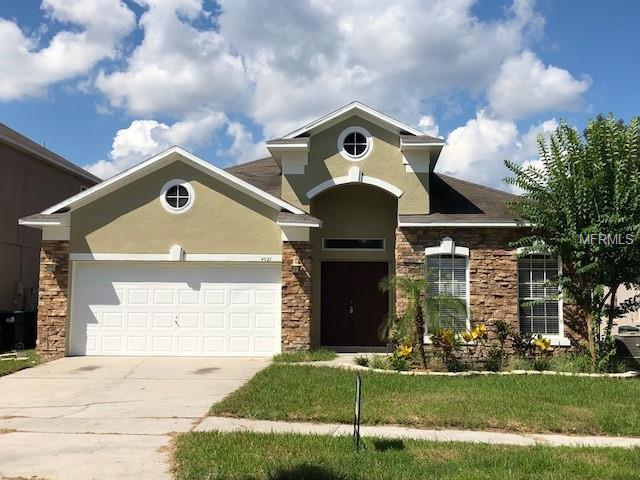 4021 Shawn Circle, Orlando, FL 32826 (MLS #O5734709) :: The Light Team