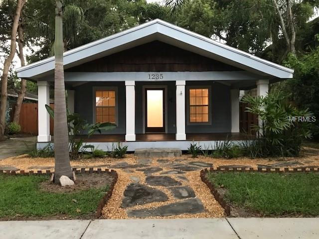 1235 Park Lake Street, Orlando, FL 32803 (MLS #O5735237) :: The Duncan Duo Team