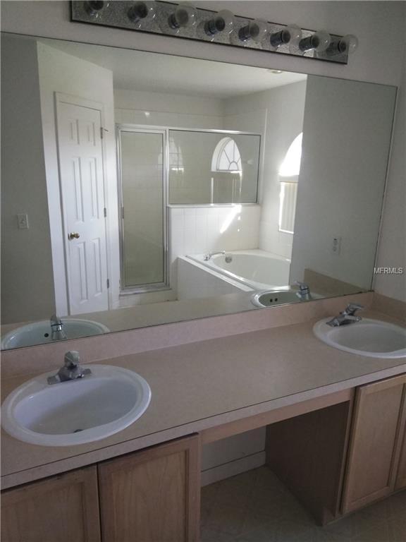 117 Aurelia Court, Kissimmee, FL 34758 (MLS #O5736261) :: The Price Group