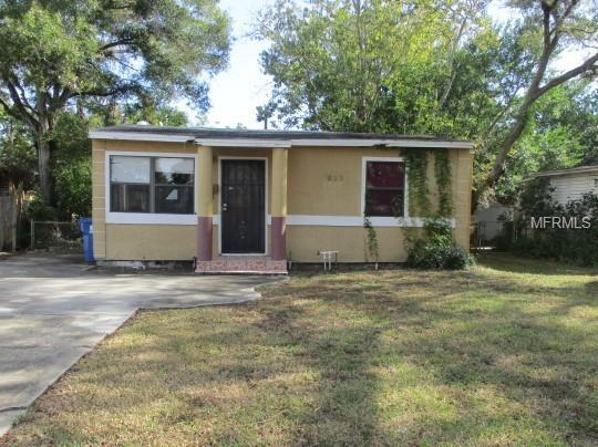 1620 Newark Street S, St Petersburg, FL 33711 (MLS #O5752511) :: SANDROC Group