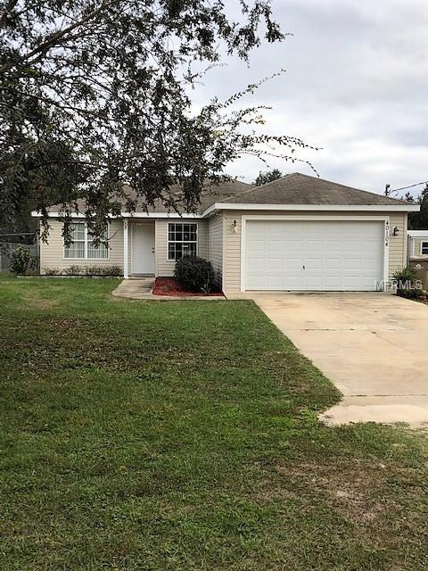 40104 Palm Street, Lady Lake, FL 32159 (MLS #O5752533) :: Griffin Group
