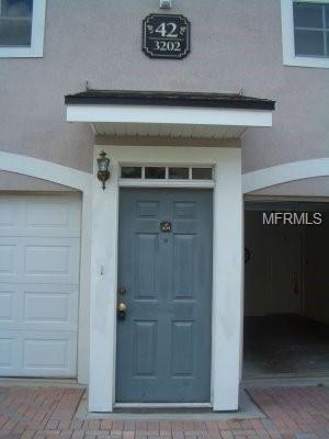 3202 Parkchester Square Boulevard #205, Orlando, FL 32835 (MLS #O5769306) :: Bustamante Real Estate