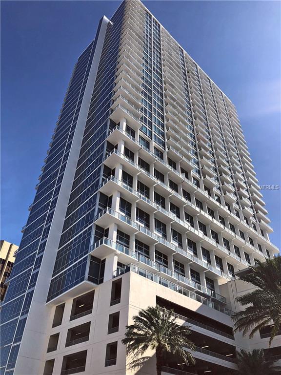 150 E Robinson Street #215, Orlando, FL 32801 (MLS #O5769378) :: The Duncan Duo Team