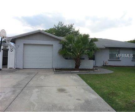 2104 Seminole Street, Kissimmee, FL 34744 (MLS #O5778597) :: Lockhart & Walseth Team, Realtors