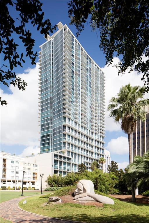 150 E Robinson Street #3002, Orlando, FL 32801 (MLS #O5785618) :: The Duncan Duo Team