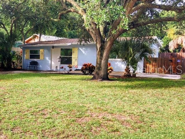 2811 Saxon Drive, New Smyrna Beach, FL 32169 (MLS #O5791542) :: The Duncan Duo Team
