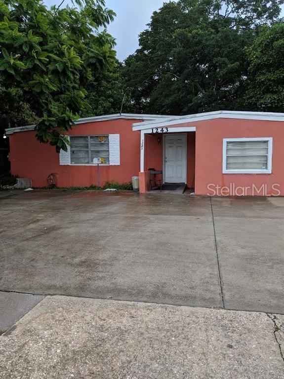 1243 N Pine Hills Road, Orlando, FL 32808 (MLS #O5793089) :: Griffin Group