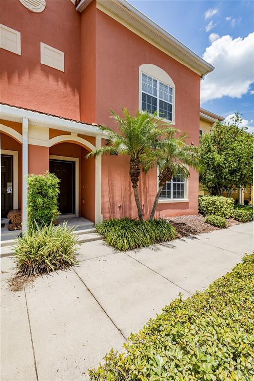 8957 Candy Palm Road, Kissimmee, FL 34747 (MLS #O5794940) :: NewHomePrograms.com LLC