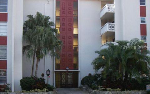 1009 Pearce Drive #308, Clearwater, FL 33764 (MLS #O5795623) :: Burwell Real Estate