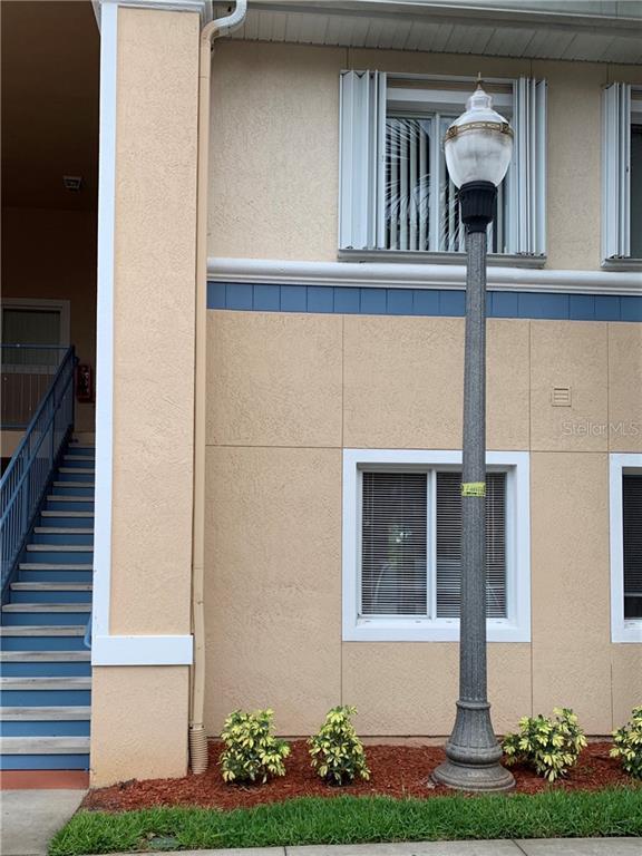 489 Las Cortes Lane #102, Orlando, FL 32824 (MLS #O5797798) :: Griffin Group