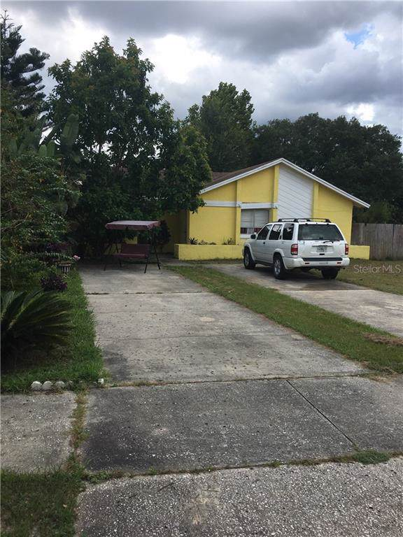 3296 Split Willow Drive, Orlando, FL 32808 (MLS #O5804784) :: Cartwright Realty