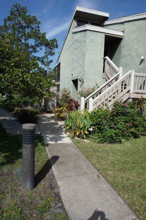 5803 Windhover Drive A02, Orlando, FL 32819 (MLS #O5806925) :: The Duncan Duo Team