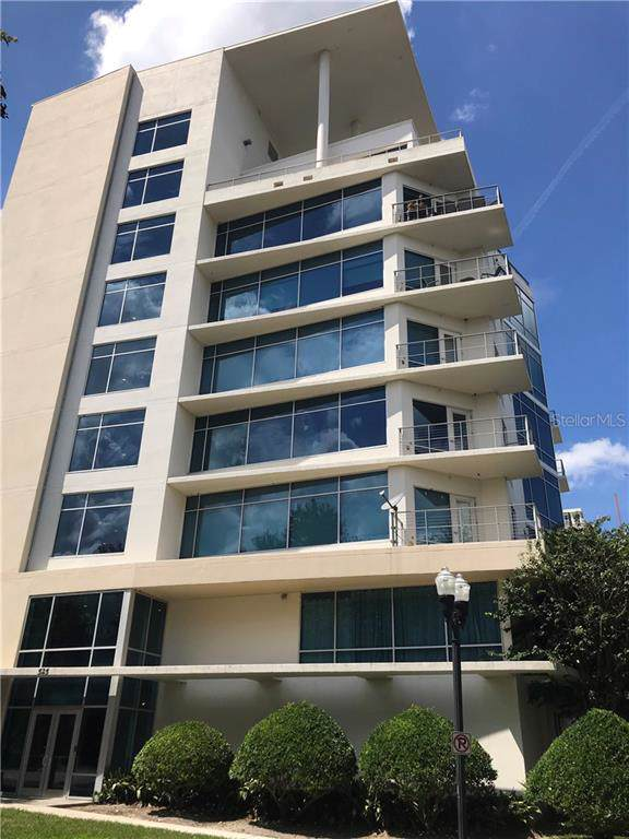 525 E Jackson Street #401, Orlando, FL 32801 (MLS #O5808368) :: The Duncan Duo Team