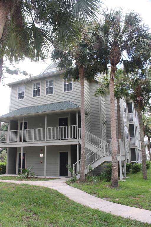5998 Westgate Drive #301, Orlando, FL 32835 (MLS #O5809174) :: Bustamante Real Estate