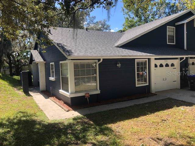 7220 Nima Court #2, Orlando, FL 32835 (MLS #O5818499) :: Young Real Estate