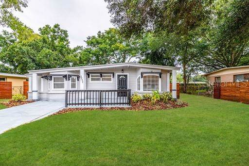 3233 Clifford Sample Drive, Tampa, FL 33619 (MLS #O5820914) :: Team Bohannon Keller Williams, Tampa Properties