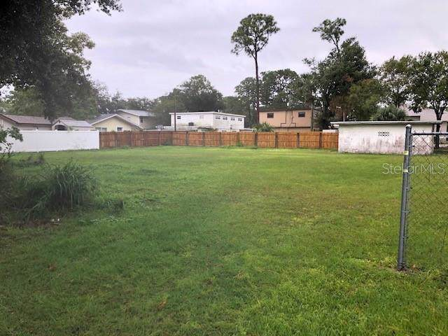 3901 S Hopkins Avenue, Titusville, FL 32780 (MLS #O5826945) :: The Duncan Duo Team