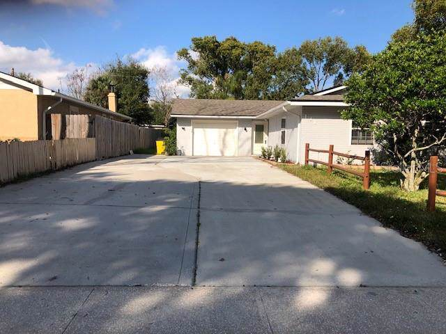 131 Golden Days Drive, Casselberry, FL 32707 (MLS #O5837925) :: Homepride Realty Services
