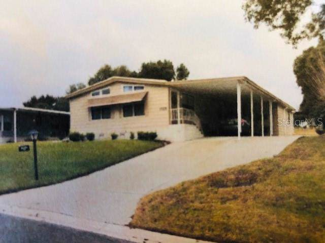 3725 Cohen Drive #717, Zellwood, FL 32798 (MLS #O5839412) :: Burwell Real Estate
