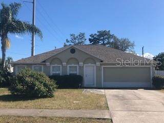 2977 Garret Street, Deltona, FL 32738 (MLS #O5853270) :: Florida Life Real Estate Group