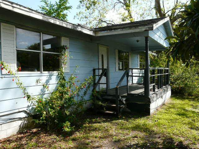 1103 Willow Avenue, Sanford, FL 32771 (MLS #O5853907) :: Lockhart & Walseth Team, Realtors