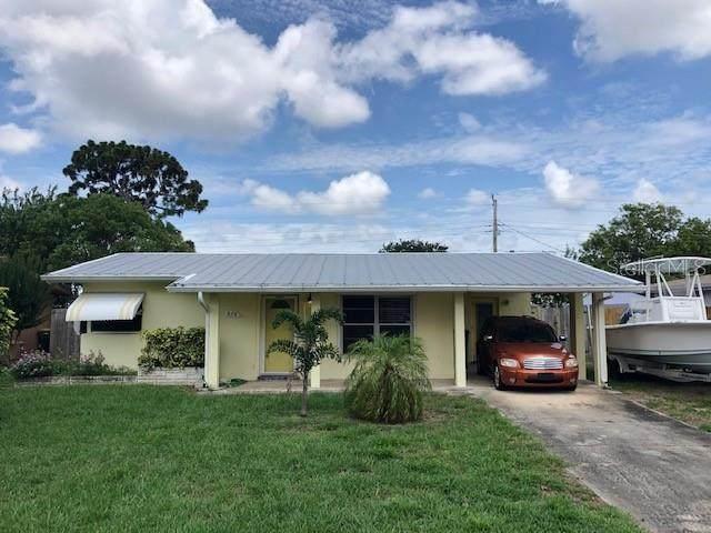 574 Comanche Avenue, Melbourne, FL 32935 (MLS #O5873448) :: New Home Partners