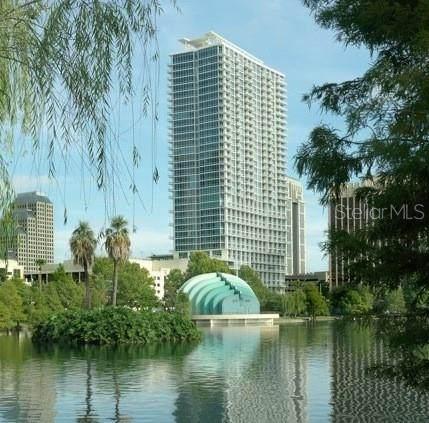 150 E Robinson Street 8A-4, Orlando, FL 32801 (MLS #O5883386) :: BuySellLiveFlorida.com