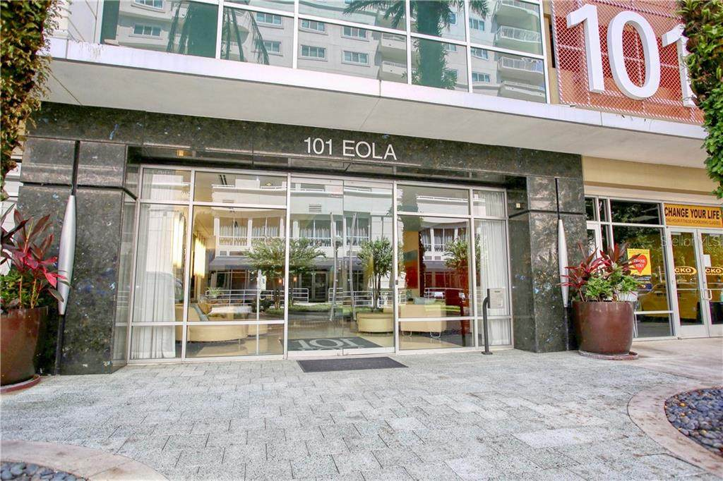 101 Eola Drive - Photo 1