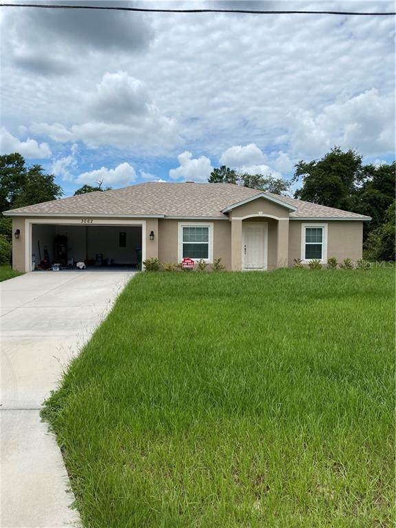 3062 Yorkshire Drive, Deltona, FL 32738 (MLS #O5884819) :: Team Bohannon Keller Williams, Tampa Properties