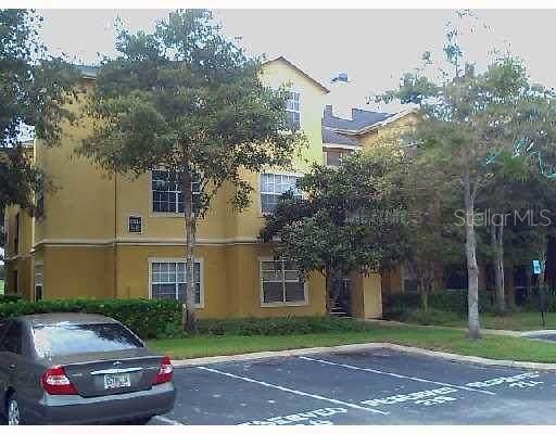2586 Robert Trent Jones Drive #1131, Orlando, FL 32835 (MLS #O5893435) :: RE/MAX Premier Properties