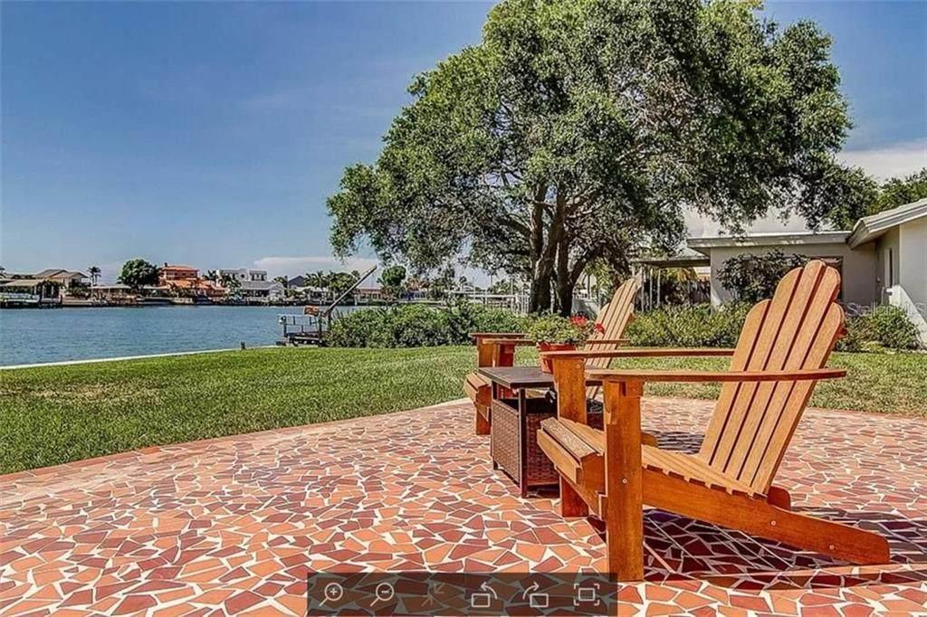 529 Harbor Drive - Photo 1